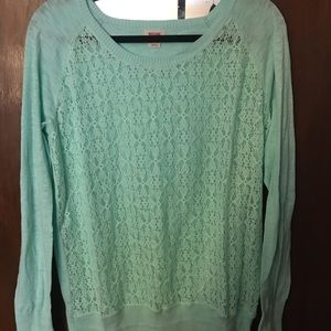NWOT Lacey mint colored top